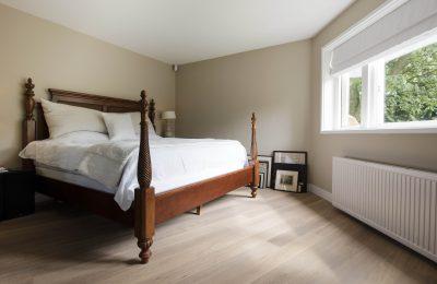 licht parket in slaapkamer