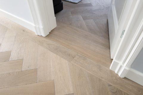 doorloop houten parket vloer